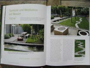 Kleiner eleganter Garten mit Wasserbecken
