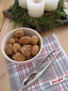 Nußknacker und Adventskranz