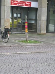 Häkeln in Bremen - Häkelobjekt umhäkelter Baum