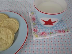 Samstagskaffee - Plätzchen mit Keksstempel - Greengate Star pale blue