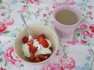 Samstagskaffee - KW22 2014 -  Mynte Schüssel und Tasse - Greengate Summer Tea Towel