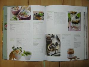 Buch - Wohnen+Garten Feste+Gäste - Frühling - Dips - Schokoladencreme - Mandelcreme - Heidelbeer-Trifle - Rillettes mit Apfel und Thymian