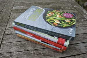 Bücherstapel gute Low Carb Bücher - Kochen und Backen
